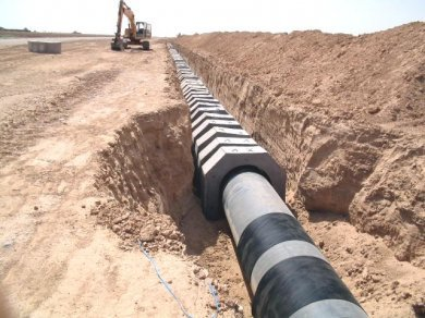 TERRAM  Rockshield installed to protect pipeline from saddles